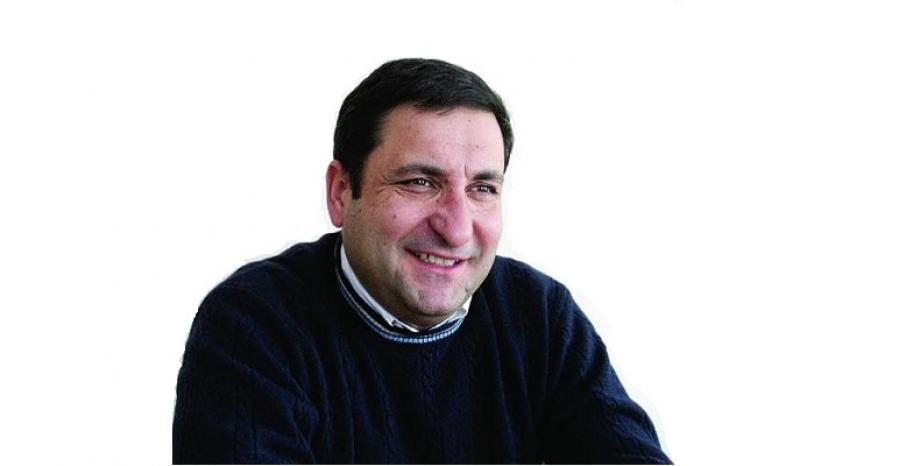 Тончо Токмакчиев представя своите 10 любими български песни по БГ Радио