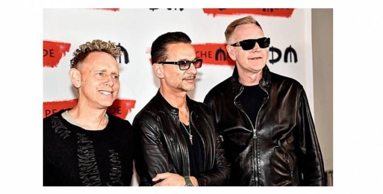 Почитатели на Depeche Mode могат да станат администратори на страницата им във Facebook