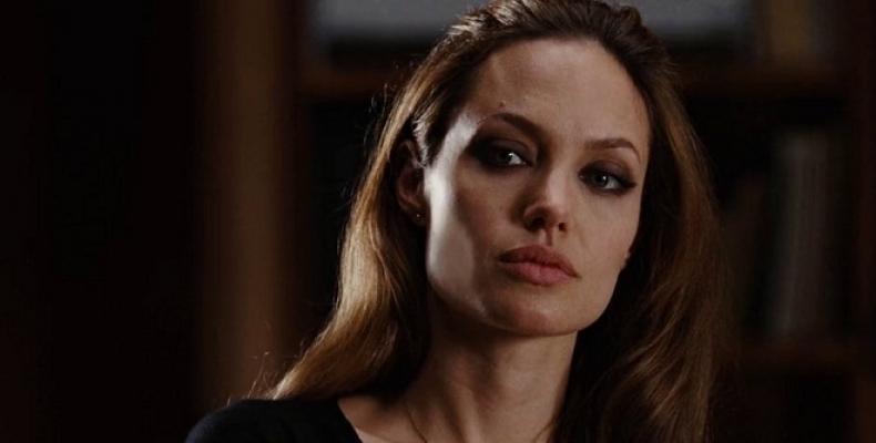 Анджелина Джоли направи частно посещение в Бъкингамския дворец