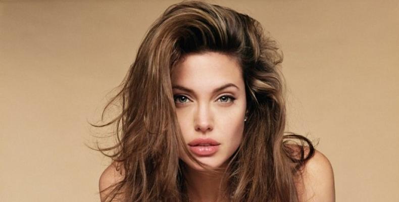 Анджелина Джоли си купи имение за 25 милиона долара
