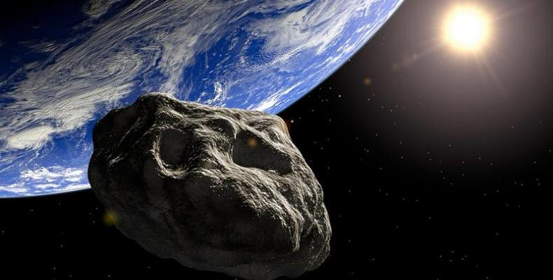 Голям астероиод наближава Земята