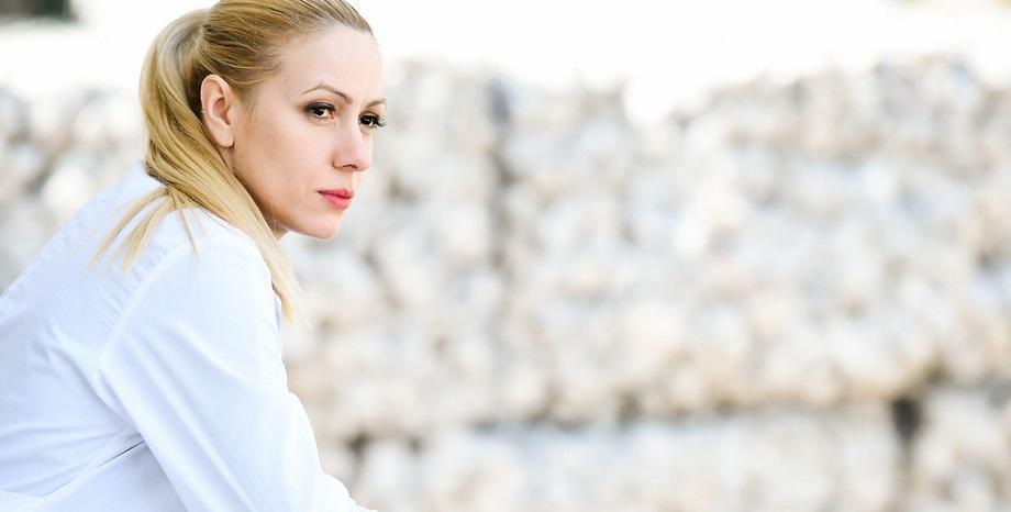 Деси Бакърджиева представя своите 10 любими български песни по БГ Радио