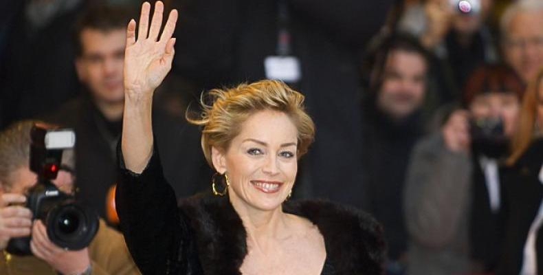 Sharon Stone демонстрира страхотна форма