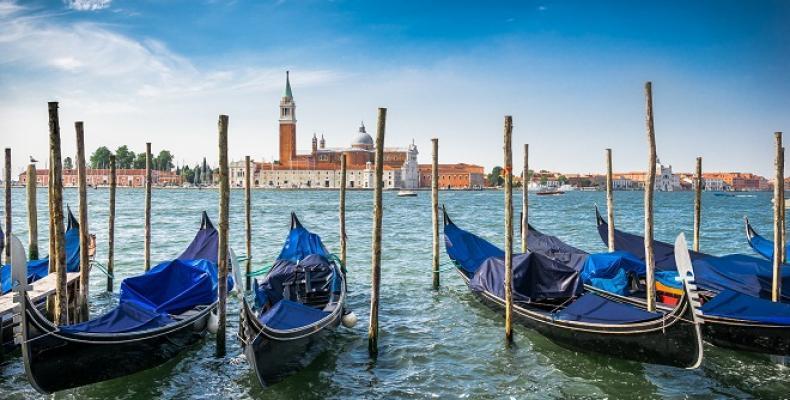 Венеция ще глобява за непристойно поведение на туристи