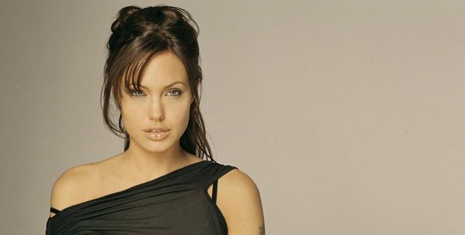 Анджелина Джоли заведе иск в съда – претендира за повече пари от Брад Пит