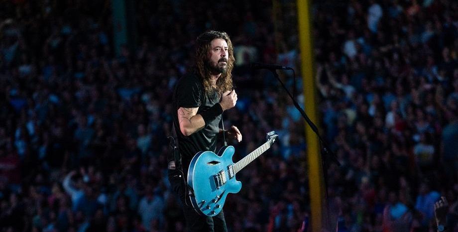 """Фронтменът на Foo Fighters Dave Grohl с нов документален проект - """"Play"""""""