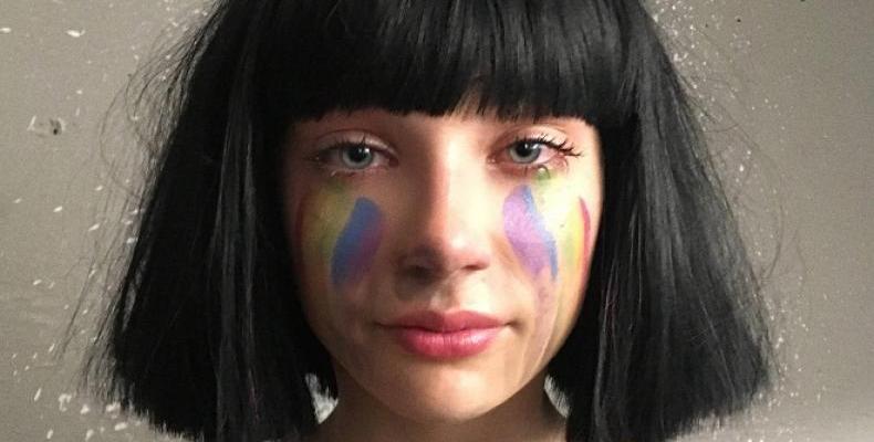"""SIA представя делукс версия на изключително успешния албум """"This Is Acting"""""""