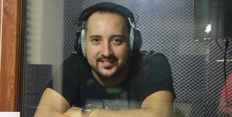 Александър Байчев представя най-новата си песен