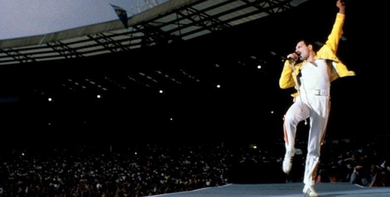 25 години от смъртта на легендарния Freddie Mercury