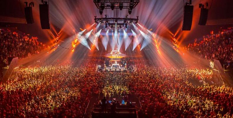 SOLAR Christmas с Armin van Buuren и Fedde Le Grand на 22 декември в зала Арена Армеец