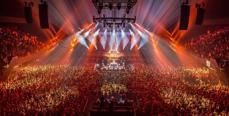 SOLAR Christmas с Armin van Buuren и Fedde Le Grand на 22.12.! Спечели двоен пас (гест лист)!