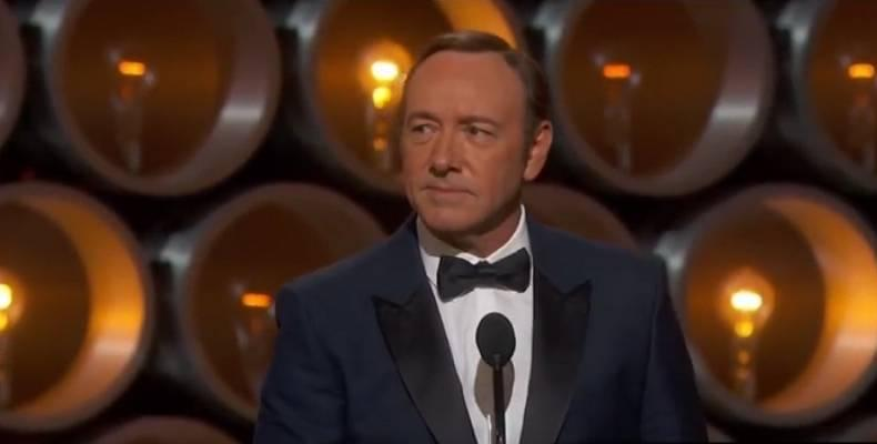 Махат всички сцени с Kevin Spacey от завършен филм на Ridley Scott