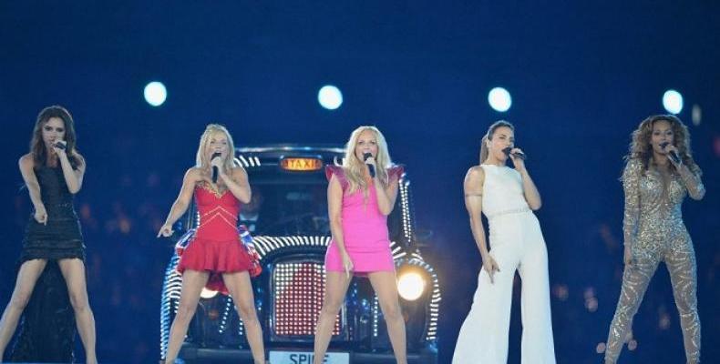 Spice Girls се събират отново през 2018