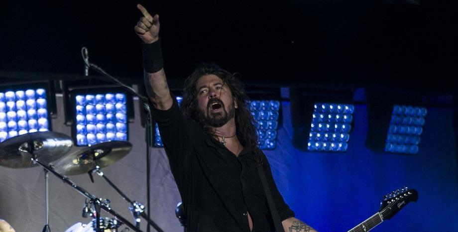 Честит рожден ден на Dave Grohl от Foo Fighters