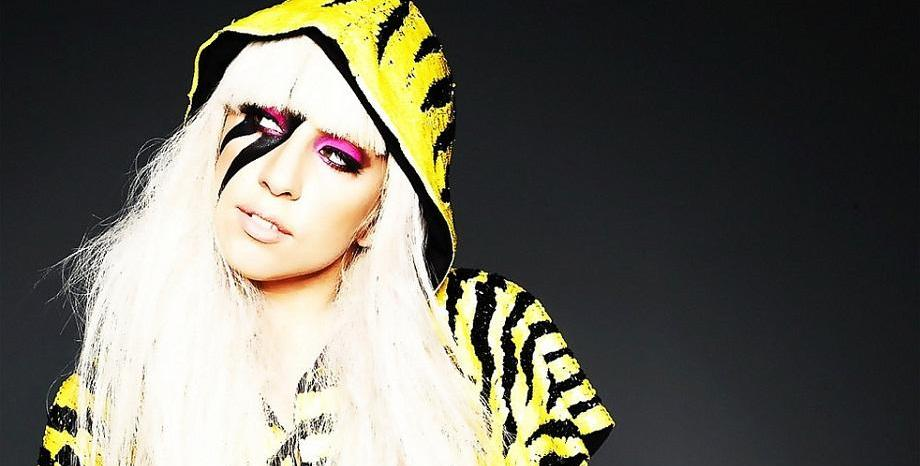 Lady Gaga отказва да работи с R. Kelly и сваля тяхна съвместна песен от стрийминг услугите