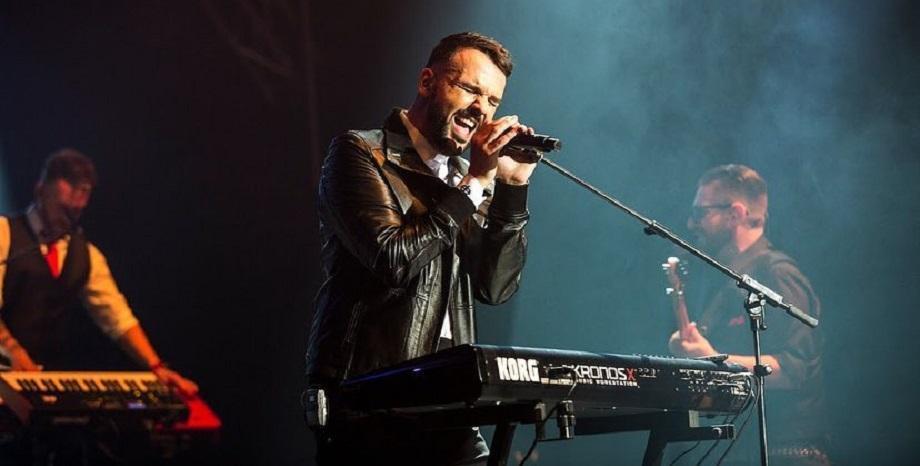 Графа представя своите 10 любими български песни по БГ Радио