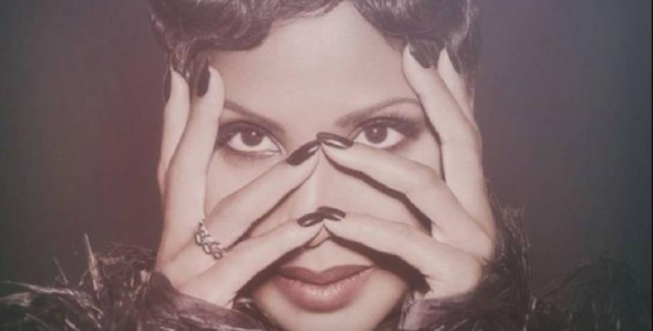 Toni Braxton празнува 25 години на сцена с нов албум -