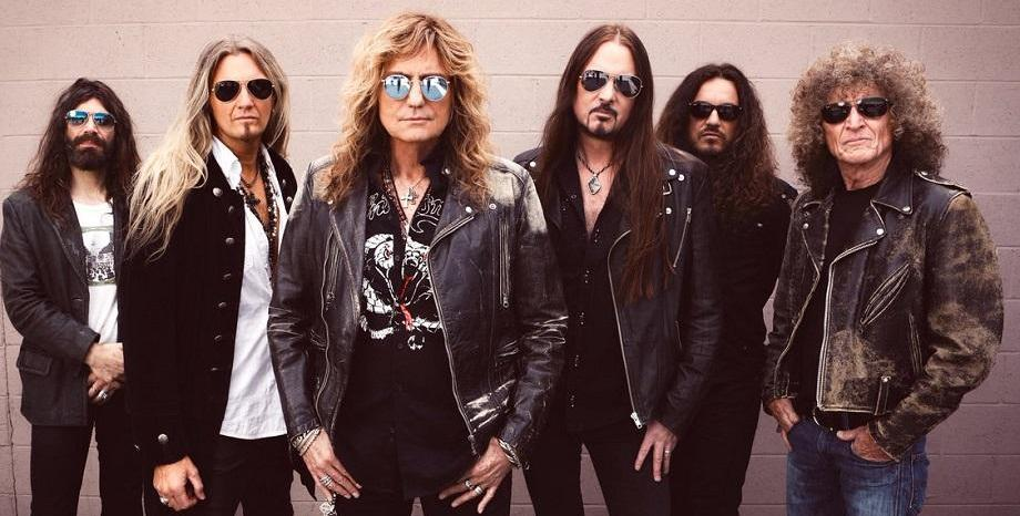"Whitesnake издават колекцията ""The Blues Album"""