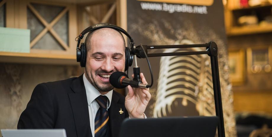 Симо от Стартер представя своите 10 любими български песни по БГ Радио