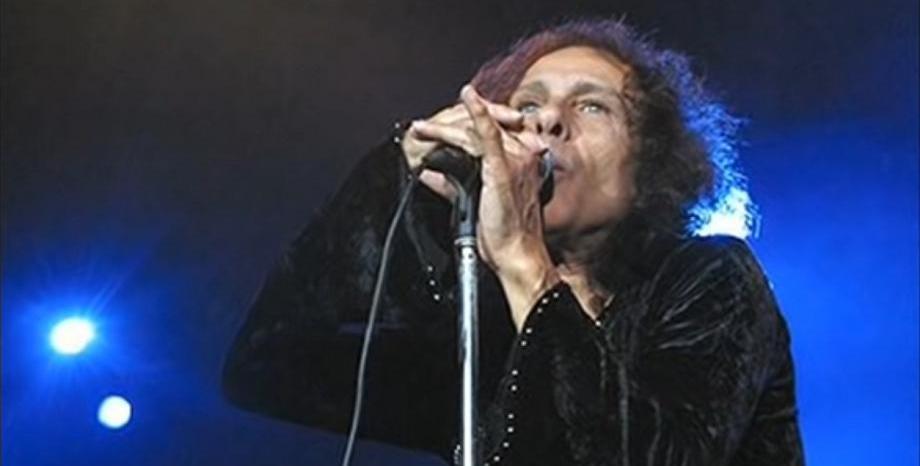 """Aвтобиографията на Ronnie James Dio се сдоби с дата на издаване - """"Rainbow in the Dark"""" излиза на 27 юли"""