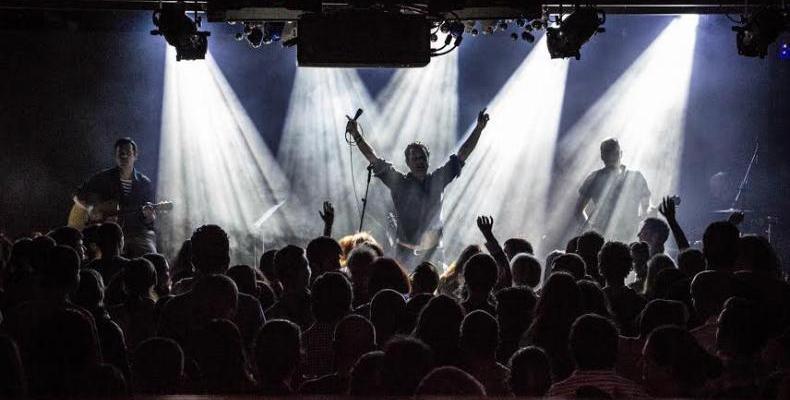Резултат с изображение за ОСТАВА концерт