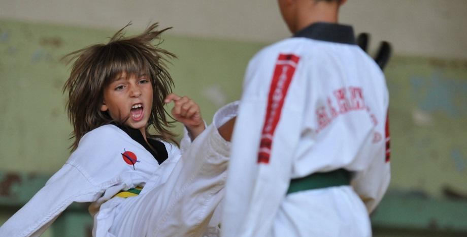 Безплатни онлайн тренировки по таекуондо за деца