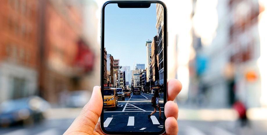 Apple внедрява нови технологии в смартфоните си – сканиране на тялото ни и на въздуха около нас