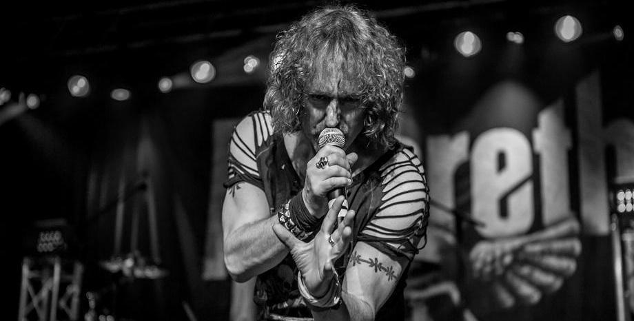 Вокалистът на Nazareth заема мястото на John Payne на турнето на Intelligent Music Project