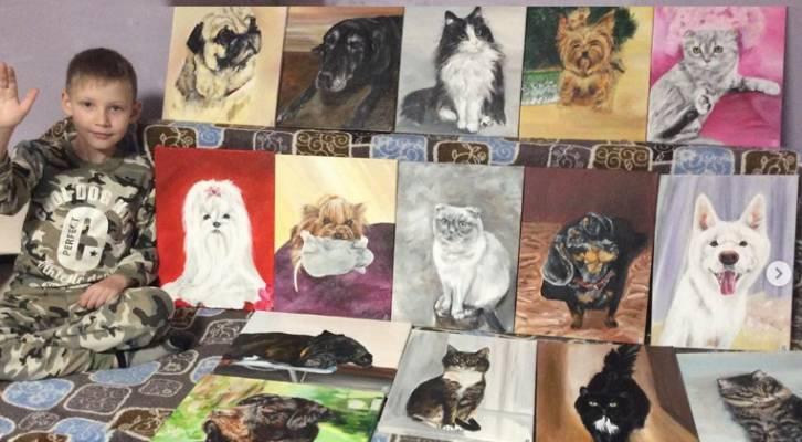 9-годишният Павел рисува картини на животни и ги разменя срещу храна за бездомните кучета и котки