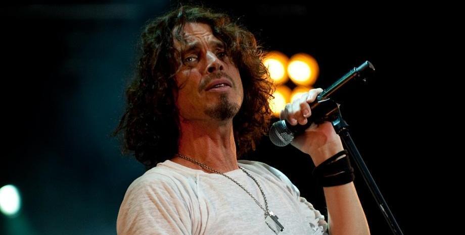 Животът на Chris Cornell е събран в биографията
