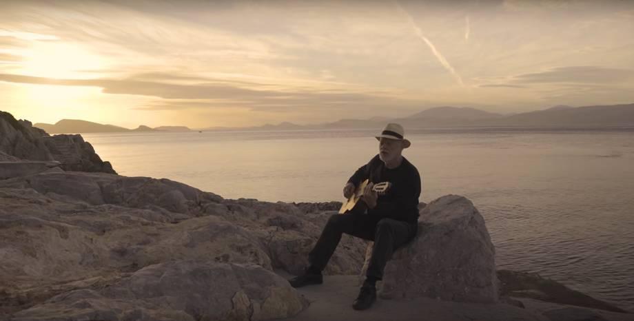Първа нова музика от David Gilmour от пет години насам! Чуйте