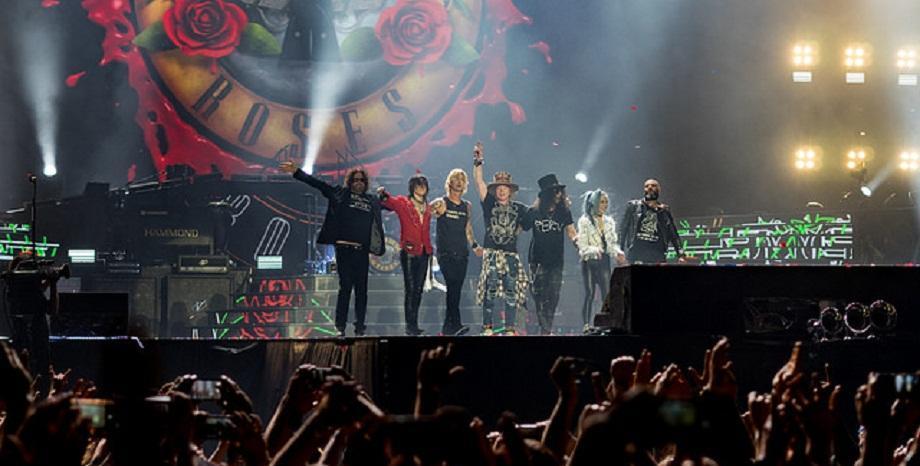 """Ще чуем ли нова музика от Guns N' Roses? Slash: """"Аз мисля, че всички искат да го направят"""""""