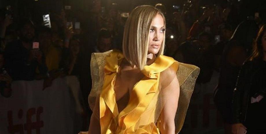 Ослепителна Jennifer Lopez на премиерата на филма