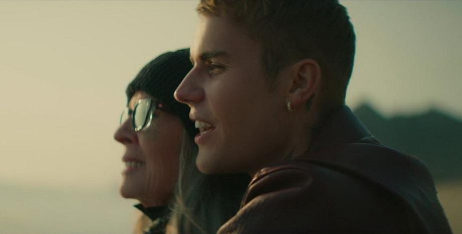 """Justin Bieber с впечатляващ видеоклип към """"Ghost"""" - в главната роля е знаменитата актриса Diane Keaton"""