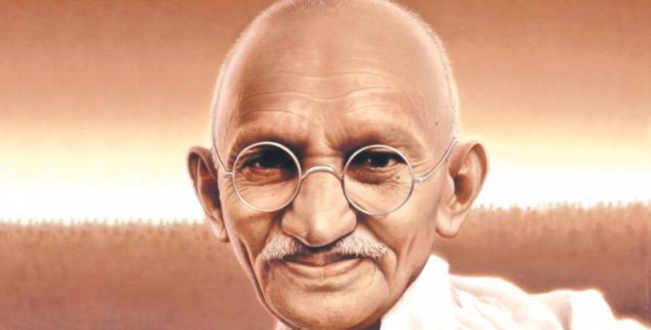 В Благоевград се откри изложба, посветена на 150 години от рождението на Махатма Ганди